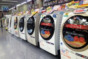 家電売り場の洗濯機